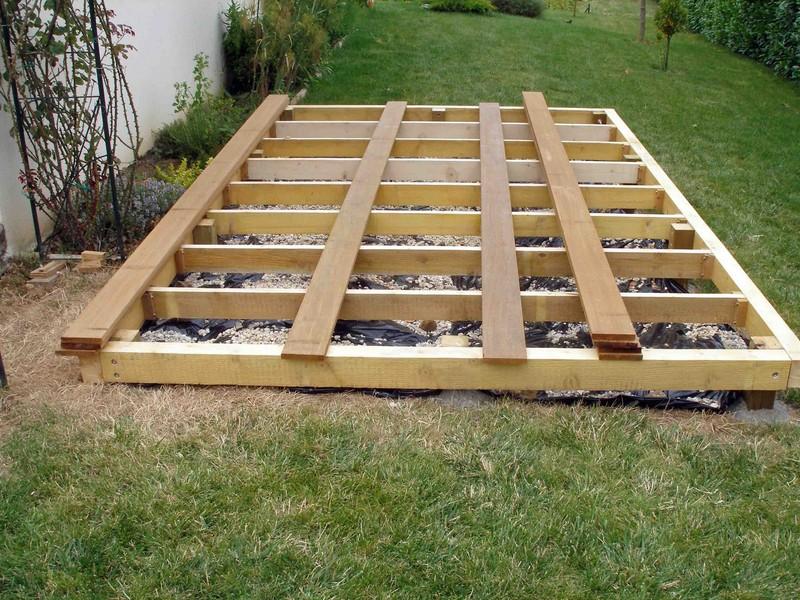 Réaliser une terrasse en bois de 12m²